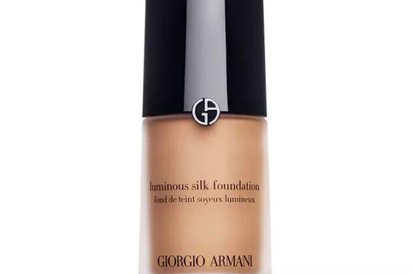 Giorgio armani luminous silk foundation 2018 review