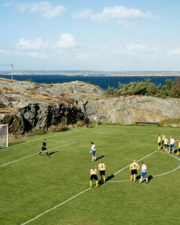 20180914115603 - The world's most beautiful football stadium on the sea